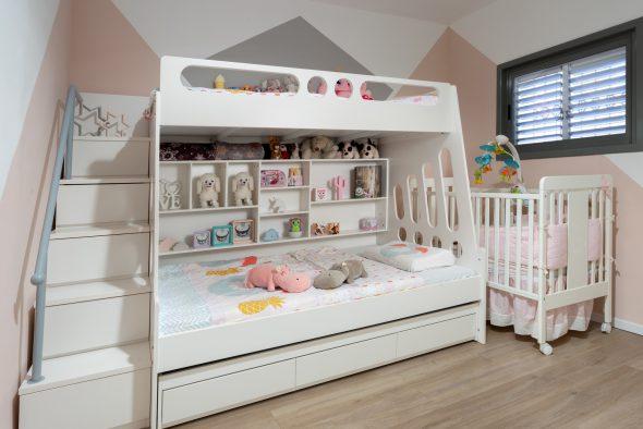 חדר בנות: מיטות חלומות לכל הנסיכות. מצב שאפשר להקצות  חדר שלם למשחקים